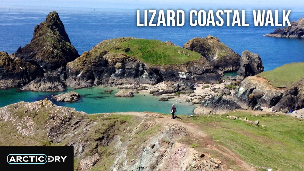 Best-Hikes-in-the-UK-lizard-Coastal-Walk